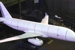 Фото 12. Исследования на флаттер модели Superjet 100-95LR в ЦАГИ