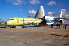 Фото 14. Выгрузка Superjet 100-95LR в Жуковском. 6 ноября 2014 г.