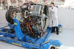 Фото 146. Двигатель SaM146
