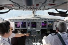 Фото 78. Пилоты за работой во время рейса Мехико-Масатлан. Декабрь 2013 г.