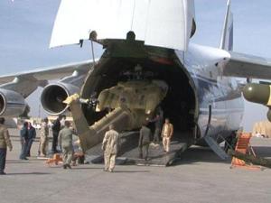 Выгрузка Ми-28НЭ из Ан-124-100 авиакомпании Волга-Днепр