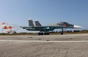 Су-34 ВКС России возвращается из боевого вылета с сирийского аэродрома Базель аль-Асад (Хмеймим) близ Латакии. 13 10 октября 2015 г.