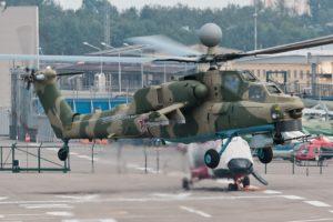 Ми-28НМ в режиме висения на летно-испытательной станции АО Московский вертолетный завод имени М.Л. Миля. Люберцы (29 июля 2016 г.)